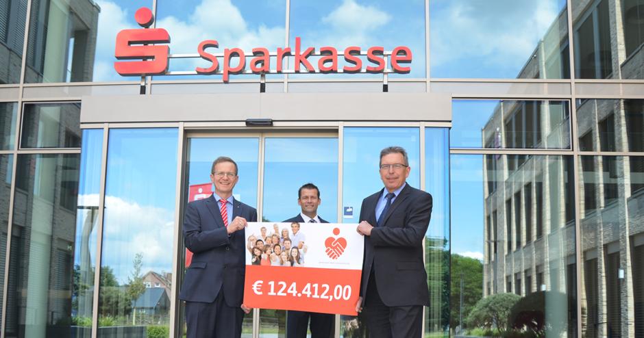 Sparkasse fördert mit 124.412,00 Euro Vereine und gemeinnützige Projekte